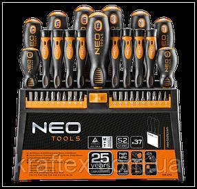 Набор отверток и наконечников с подставкой NEO 04-210 (37 шт).
