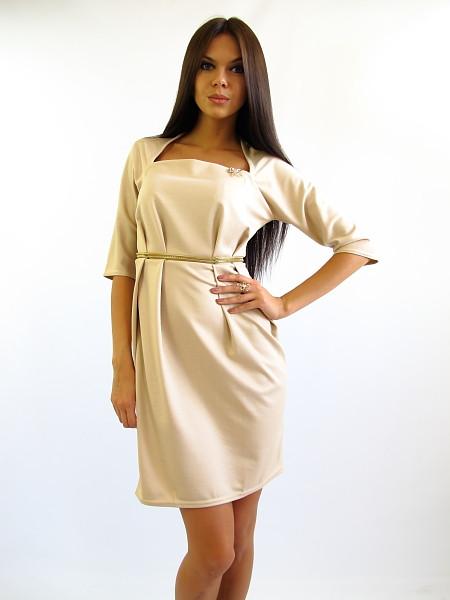 Жіноче бежеву сукню офісного стилю
