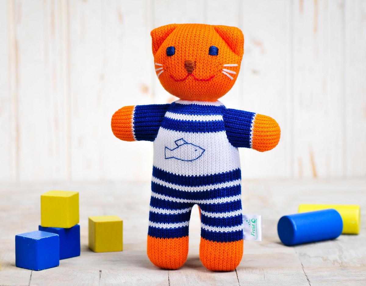 Вязаная кукла «Котик Рыжик» ФРЕЯ