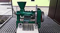 Маслопресс для обработки семян масличных культур.