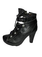 Полусапожки женские кожаные на высоком каблуке Vizzavi