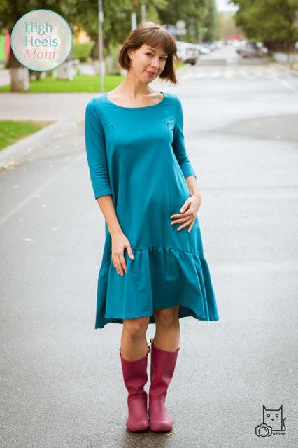 Платье для беременных и кормящих HIGH HEELS MOM свободное с оборкой голубое