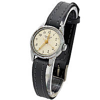 Юность 15 камней женские часы сделано в СССР