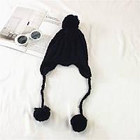 Стильная теплая женская шапка ушанка с бамбонами черного цвета