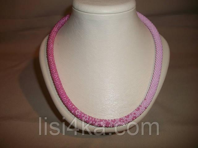 Вязаный из бисера узорный жгут с переходом цветов розовый