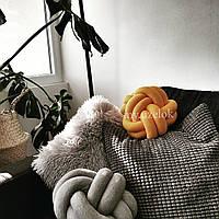 Декоративная подушка узел, горчичная