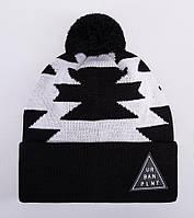 Мужская зимняя шапка Urban Planet C15 NATIVE WHT с помпоном