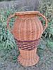 Плетеная ваза из цельной лозы