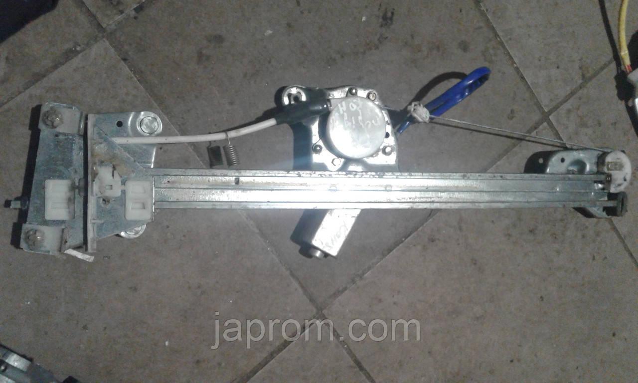 Стеклоподъемник передний правый электрический Mazda 626 GW 2000-2002г.в.