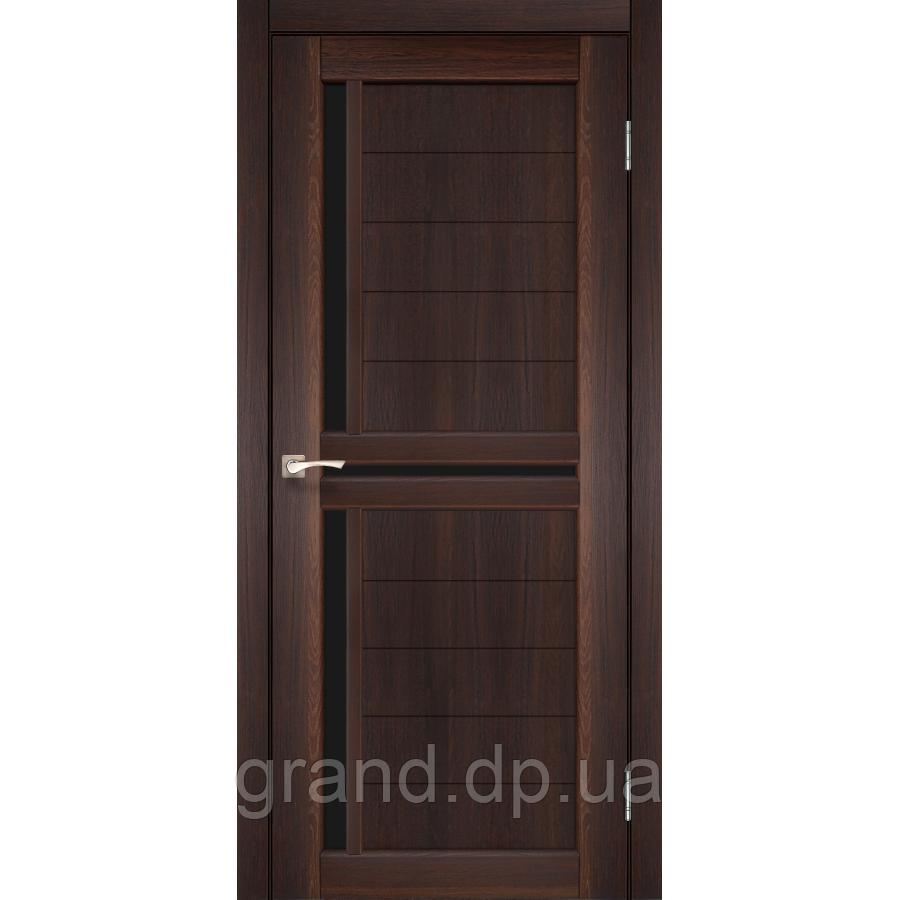 Двери межкомнатные  Корфад SCALEA Модель: SC-04 цвет орех с черным стеклом