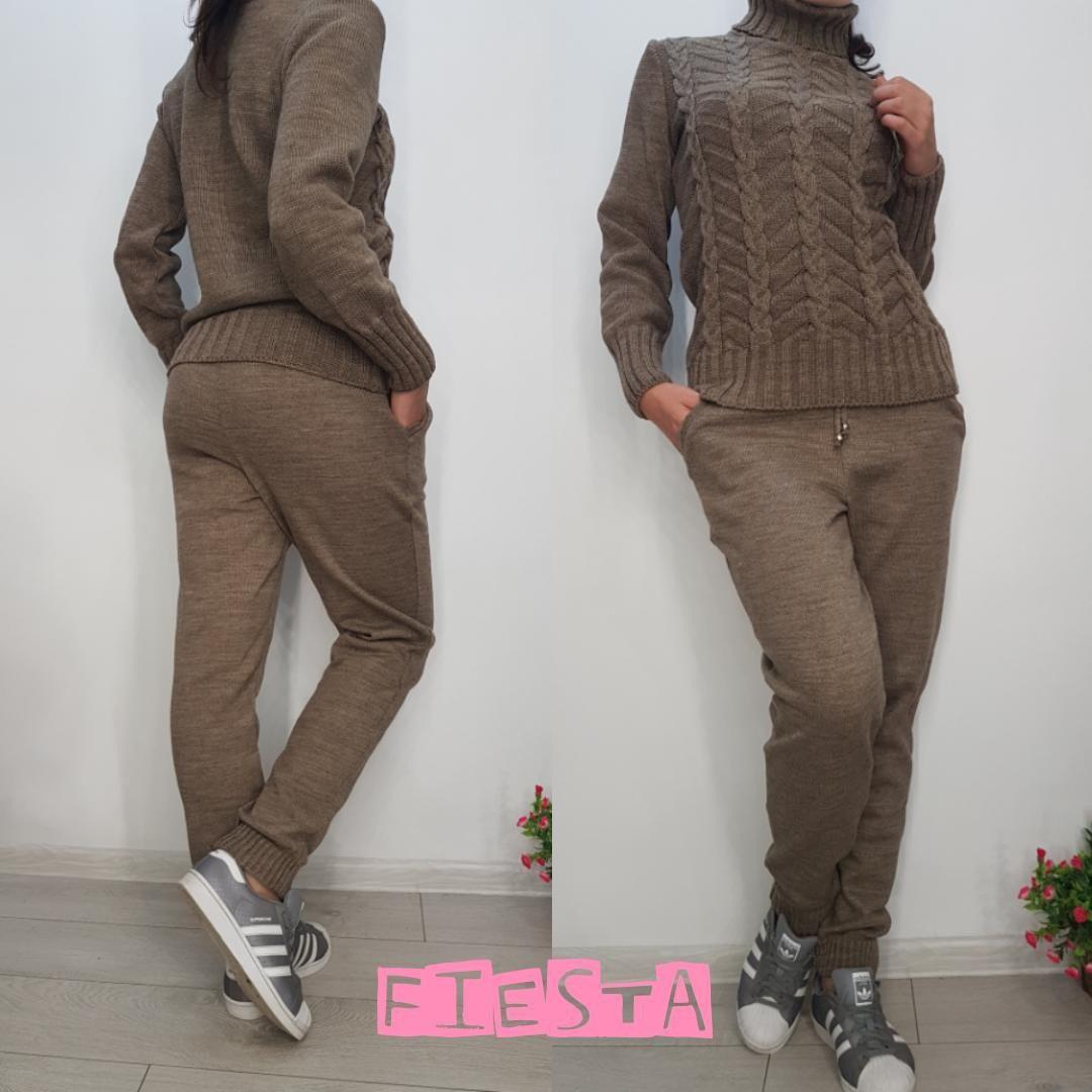 3feaafb18b8c Женский вязаный спортивный костюм штаны и свитер с горлом в разных цветах -  интернет магазин (