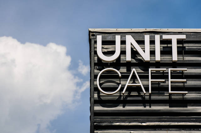 Кафе из морских контейнеров UNIT CAFE 3