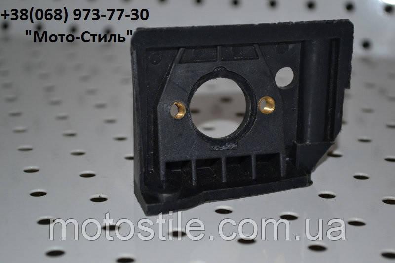 Переходник карбюратора большой для бензопилы GoodLuck 4500/5200