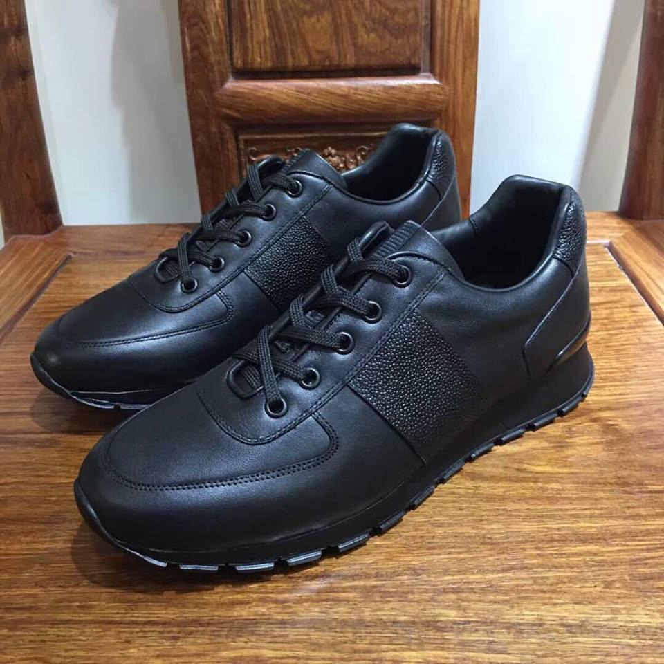 c2bffe2101af купить мужские кроссовки в интернет магазине - обувь Prada   vkstore ...