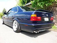 БАМПЕР ЗАДНИЙ BMW E34 СТИЛЬ М5