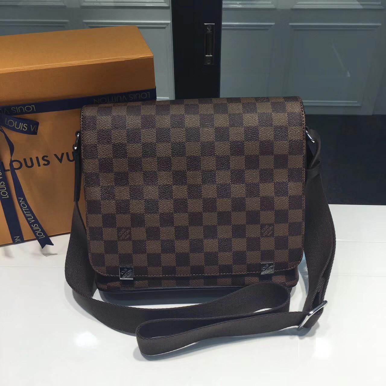 Мужская сумка мессенджер - Louis Vuitton District GM   vkstore.com.ua 369e85064cb