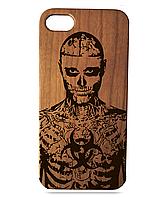 Деревянный чехол на Iphone 7 plus с лазерной гравировкой Рик Дженест Вишня