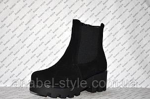 Ботиночки осень-весна на толстом каблуке и тракторной подошве молния и резинка замшевые черные код 1197, фото 2