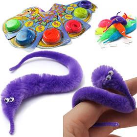 Игрушка Лихач трюкач детская забавная игрушка