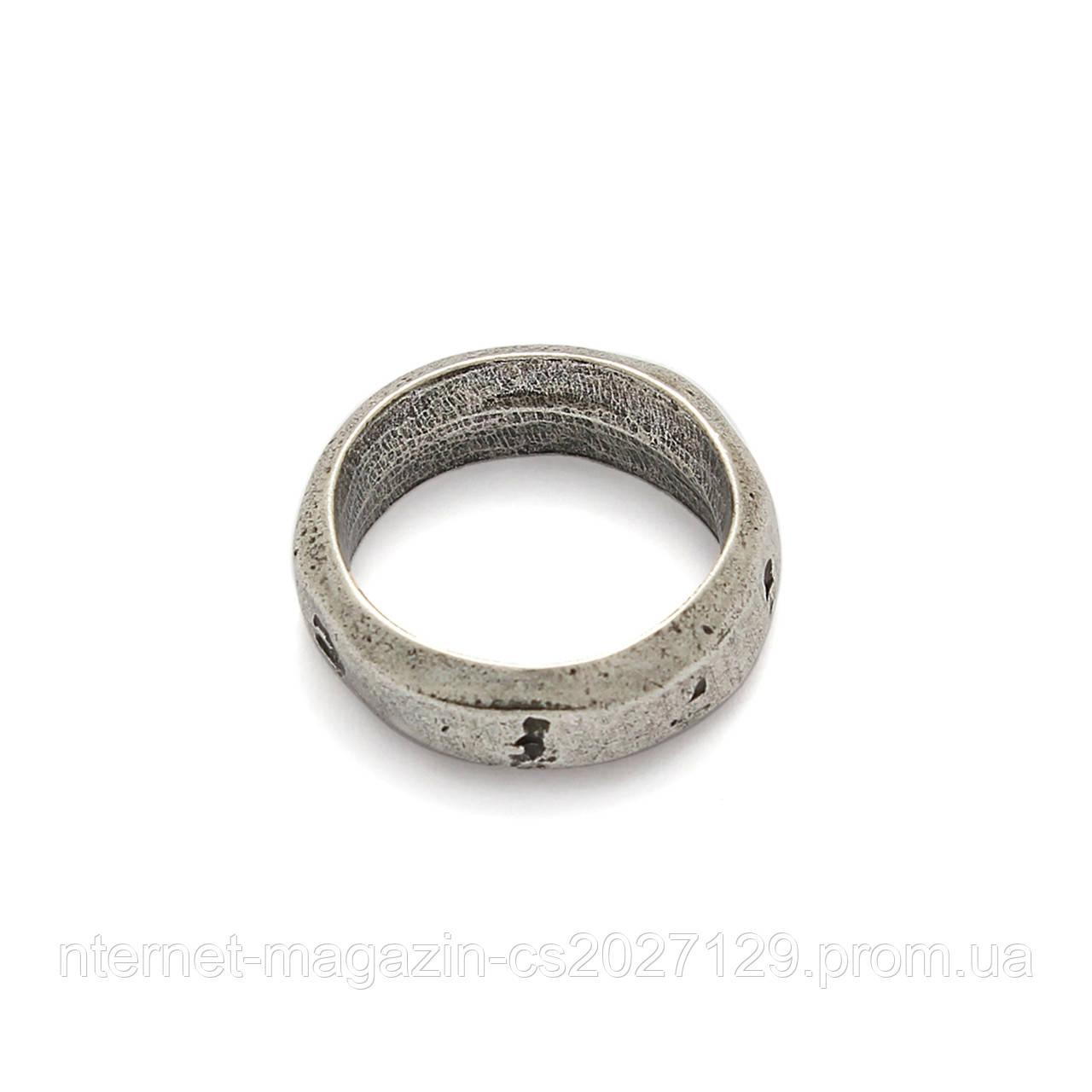 Кольцо цельнолитое Гало (17 размер)