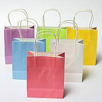 Красочная свадебная вечеринка мешка подарка крафт-бумаги обращается с бумажными мешками подарка