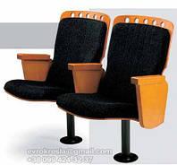 Мягкие театральные кресла