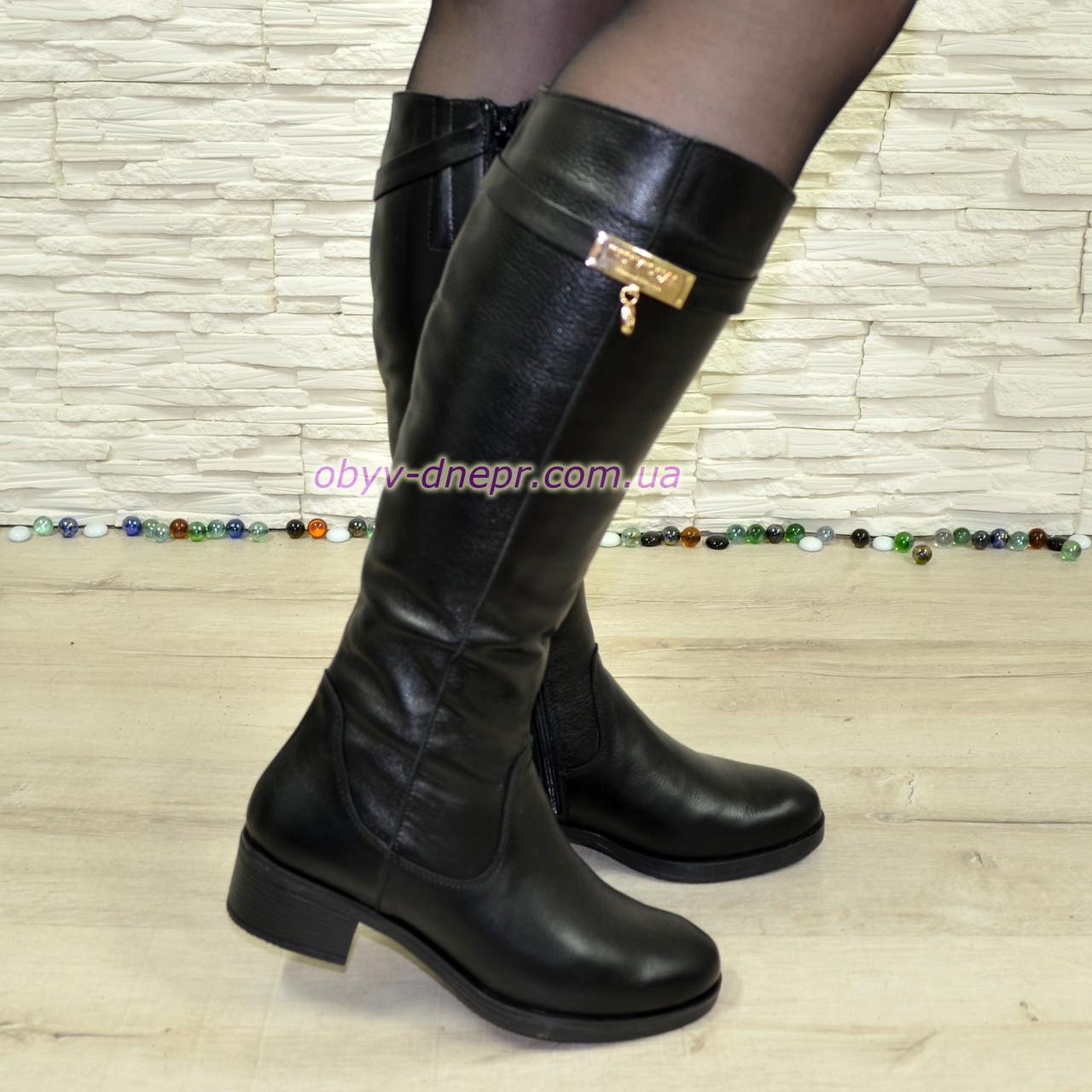 Сапоги женские   на невысоком каблуке, натуральная кожа флотар.