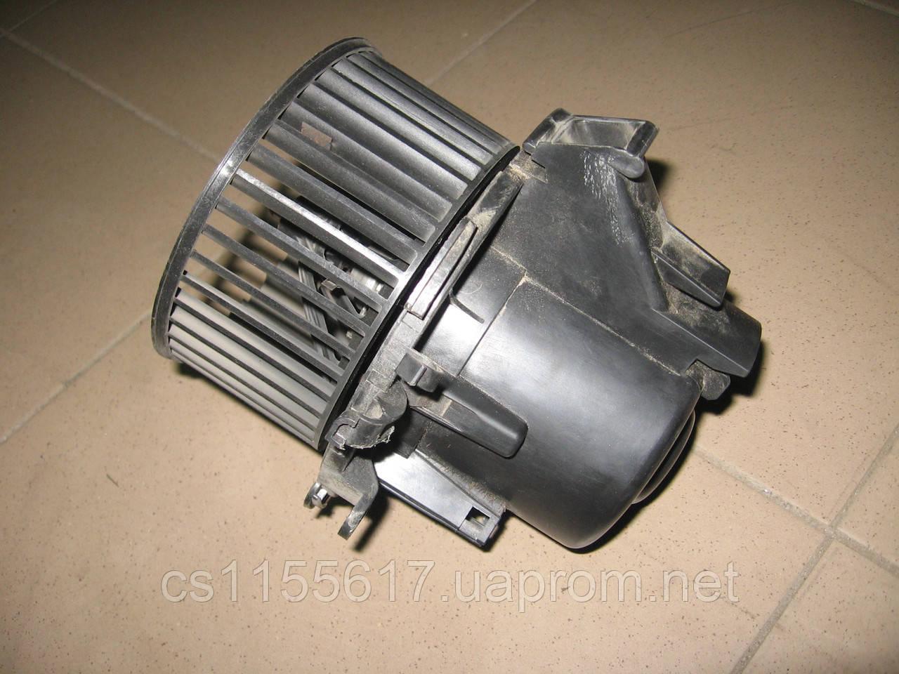 Моторчик печки 7701057555 с кондиционером б/у Renault Master, Opel Movano, Nissan Interstar год 2003-10