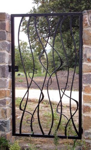 Ворота, заборы, камины и другое