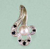 Срібний підвісок з перлиною