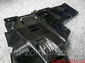 Пыльник мотора Mazda 626 1993