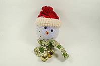 """Новогодняя светящаяся фигурка """"Снеговик в красной шапке"""" 9х12 см"""