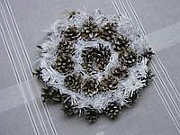 Новогодний, рождественский венок в экостиле из сосновых шишек, фото 1