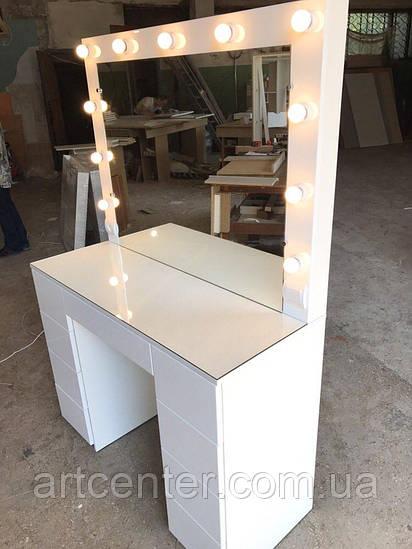 Стол для визажиста с системой push-to-open