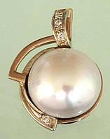 Золотий підвіскок з діамантом та перлиною