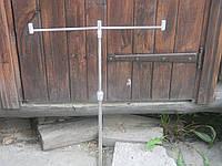 Подставка под удочки или спиннинги на три сигнализатора