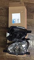 Фара противотуманная правая для Mercedes w211 2118200656