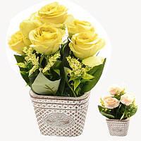 """Композиция из искусственных цветов """"Розы в корзинке"""" 20cм"""