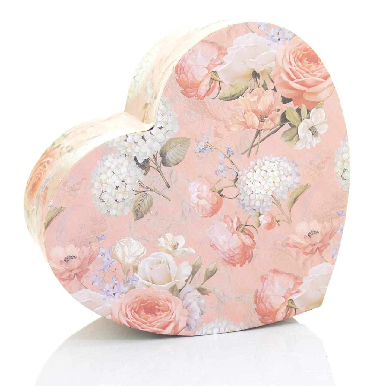 Подарочная коробка сердце персиковая с розами 22.5 x 19.5 x 9.5 см