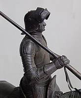 """Эксклюзивные подарки.Кабинетная скульптура, авторская работа Шевчука Д.В. """"Рыцарь, XV век """""""