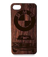 Деревянный чехол на Iphone 7 plus с лазерной гравировкой BMW E21 Красное Дерево