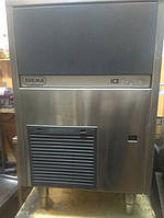 Льдогенератор кубикового льда производительностью 42 кг в сутки и бункером емкостью 16 кг