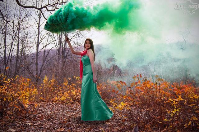 Неймовірно насичена фотосесія з кольоровим димом!