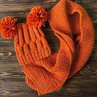 Комплект детский вязаный оранжевый ручной работы. Шапка с балабонами и длинным шарфом MoziOne
