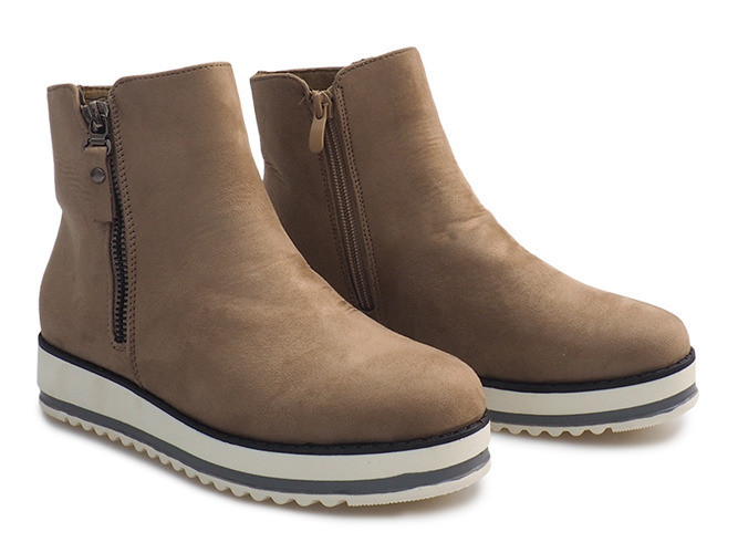 Женские ботинки Brinegar