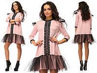 Розовое нарядное трикотажное короткое платье с кружевной вставкой и черным фатином на юбке. Арт-2643/39