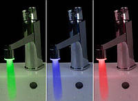 Насадка на кран для подсветки воды