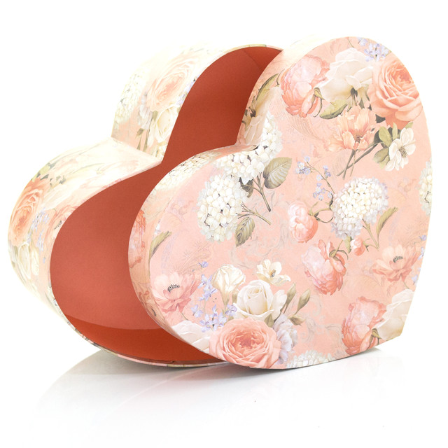 Подарочная коробка сердце персиковая с розами 27 x 23.5 x 11.5 см