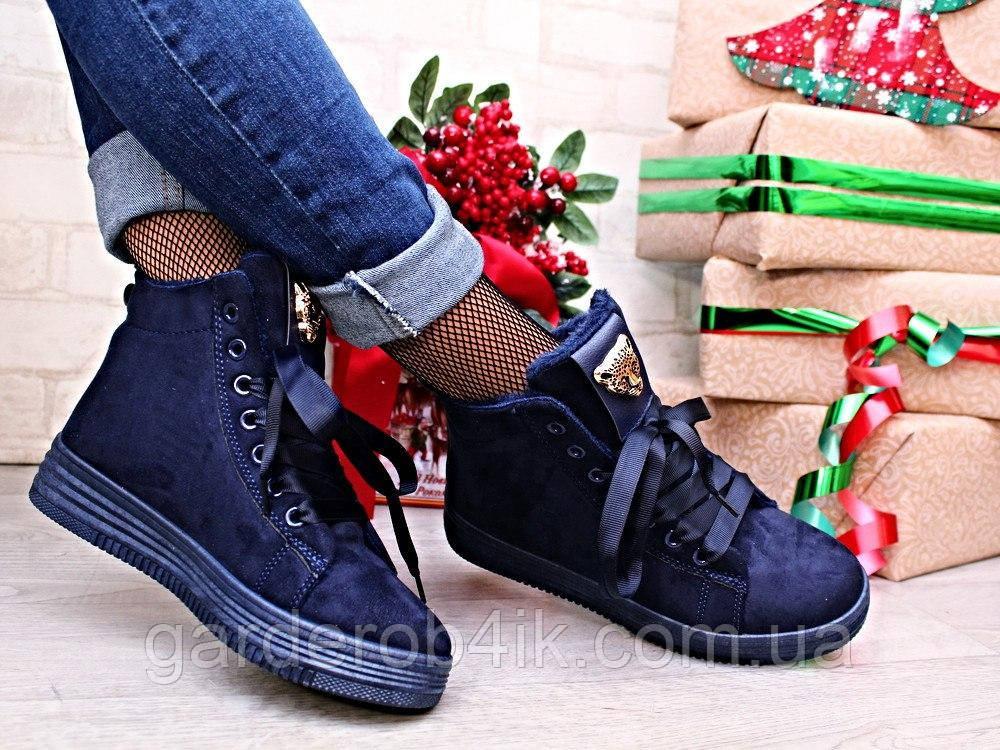 Жіночі зимові черевики на зав'язках