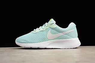 Кроссовки женские Nike Tanjun / NKR-1396 (Реплика)